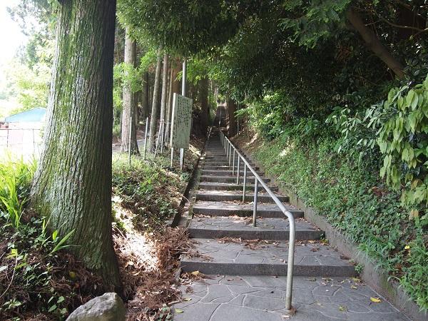 霞神社参道