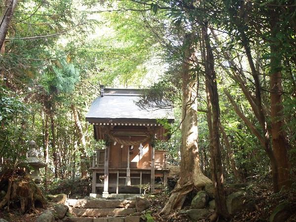 御元神社(八坂神社社殿)