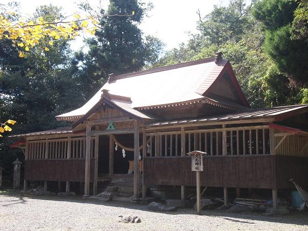 御元神社社殿