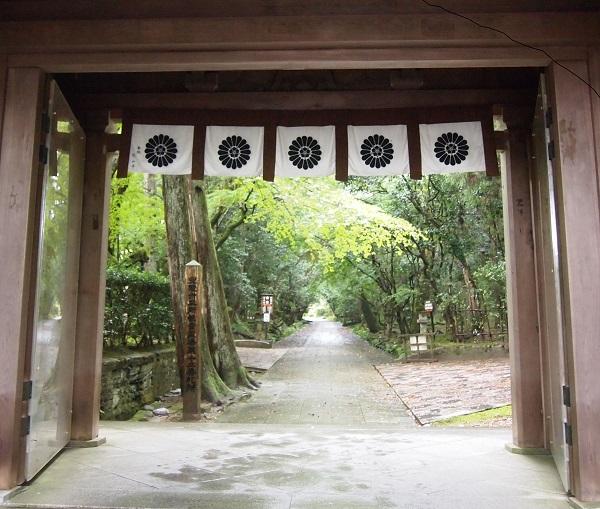 那谷寺入口