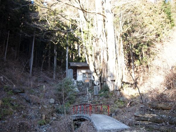 軍刀利神社奥ノ院3
