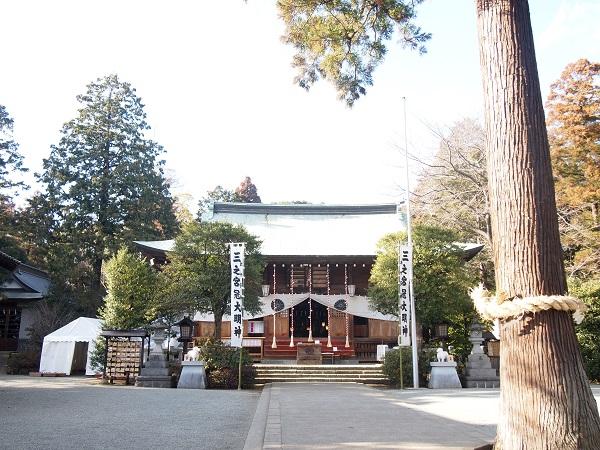 比々多神社拝殿2