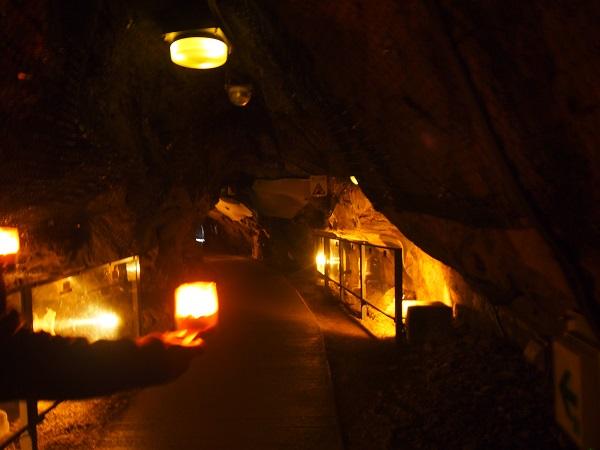 江の島神社岩屋2