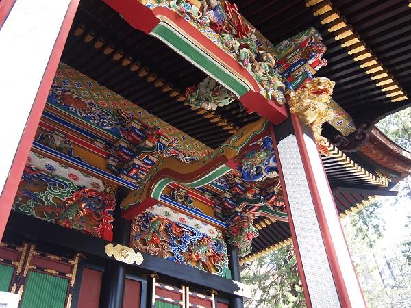 三峰神社拝殿細工2