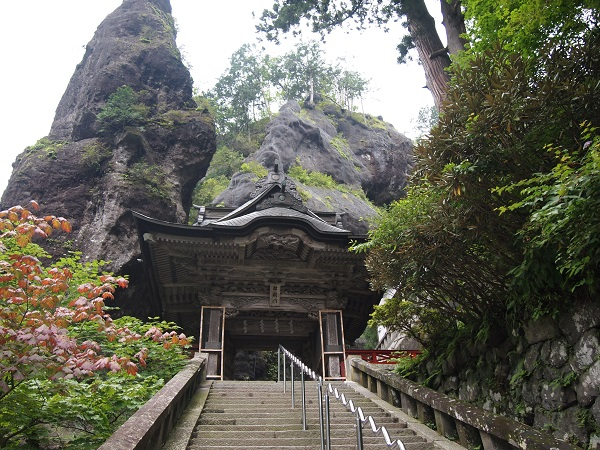 榛名神社 鉾岩3