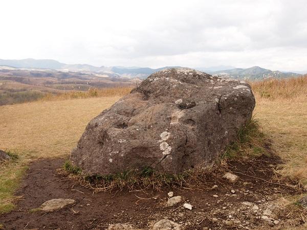 押戸ノ石 祭壇石