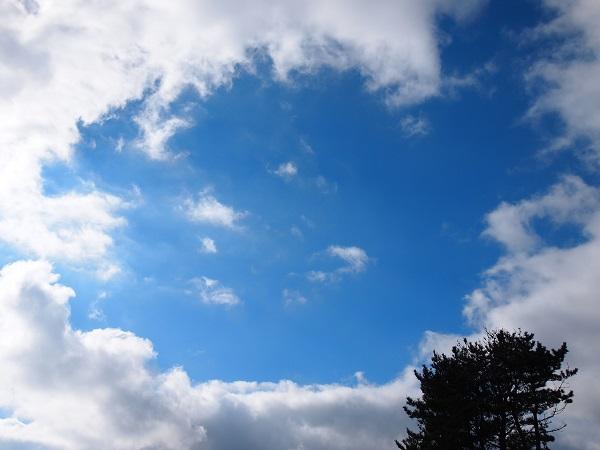 押戸ノ石 上空の青空3