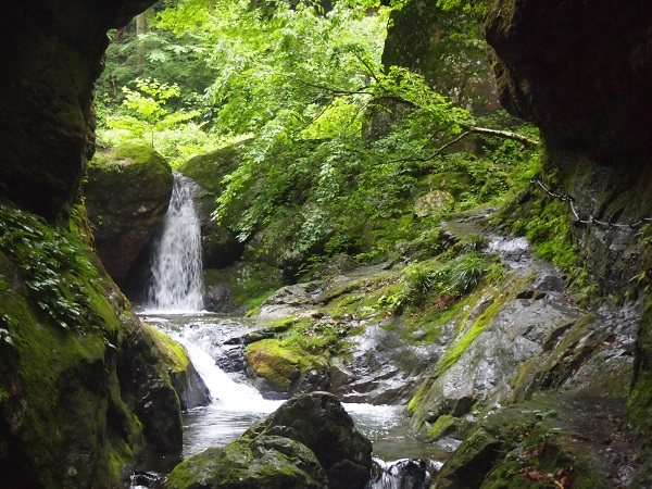 神戸岩 滝1