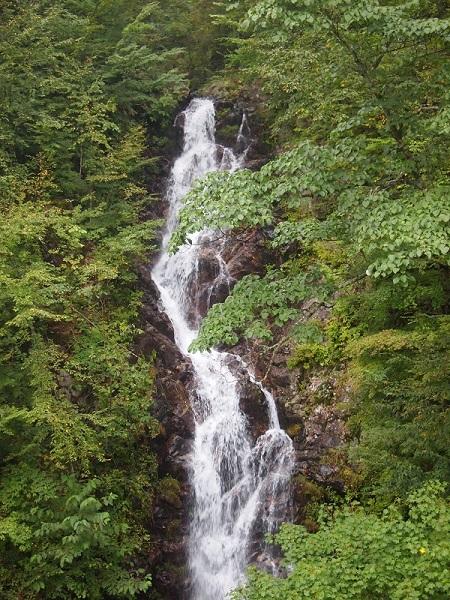 三頭大滝3